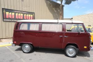 AUTO !!!! 1973 VW Surfer BUS - Redone - Rare Auto Trans - Clean and Cool !