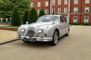 DAIMLER V8 Dove Grey  Photo
