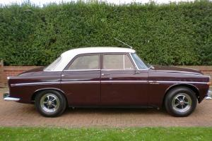 ROVER 3.5 LITRE AUTO RED  Photo