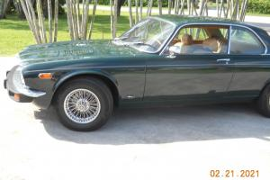 jAGUAR 1977 XJC -8 Photo