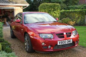 MG ZT260 SE V8 Mk2 - Firefrost Red  Photo