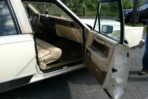 1983 Lincoln Mark VI Base Sedan 4-Door 5.0L