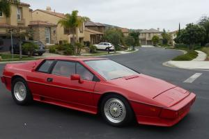 1977 Lotus Esprit Base Coupe 2-Door 2.0L