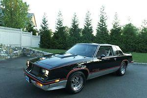 1983 Hurst Olds 15th Anniversary Model with 3800 orig miles