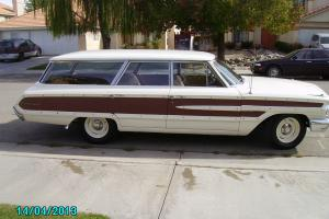 null Country Squire Station Wagon