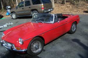 1969 MG-MGB RED 2 DOOR CONVERTIBLE- NO RESERVE