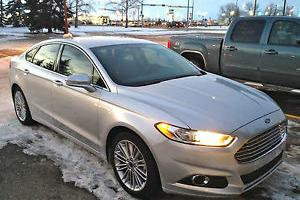 Ford : Fusion SE EcoBoost (FULLY LOADED)