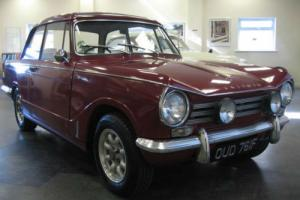 1968 F TRIUMPH HERALD 13/60 SALOON.  Photo