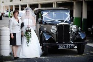 1935 Daimler 15 Mulliner Saloon vintage wedding bridal car