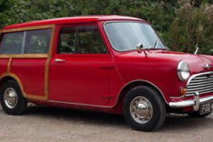 1966 MORRIS MINI MINOR TRAVELLER RED