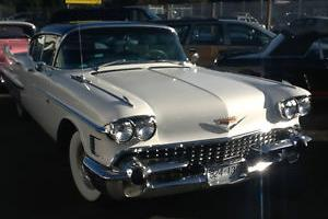 1958 Cadillac Fleetwood Sixty Special Fully loaded, new leather, runs and drives