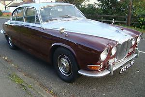 DAIMLER 4.2 SOVEREIGN AUTO LIKE JAGUAR 420, S TYPE, JAGUAR MK2