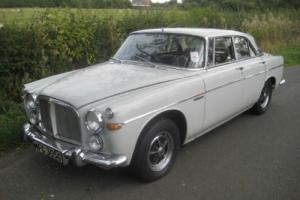 Rover 3500 P5 B coupe.  Photo