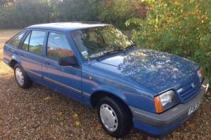 1988 VAUXHALL CAVALIER 1.6L One owner 20000 miles