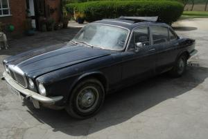 1975 DAIMLER SOVEREIGN 3.4 LWBAUTO OWNED BY FILM STAR TERRY-THOMAS / NOT E-TYPE