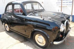 AUSTIN A35 BLACK Saloon