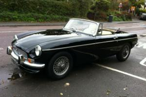 MG B 1.8 Twin SU Carbs Sports Roadster 1972 L Manual/Overdrive  Photo