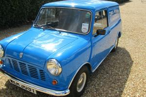1978 AUSTIN MORRIS MINI VAN 1000 BLUE