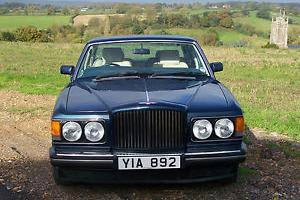 BENTLEY TURBO R WINDSOR BLUE WITH CREAM LEATHER INTERIOR FSH NEW MOT