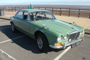 DAIMLER 4.2 SOVEREIGN GREEN series 1 tax free MAY PX  Photo