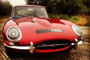 Stunning 1966 Jaguar E-Type 4.2 Series 1 (2 Photo