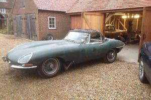 JAGUAR E-TYPE XKE 3.8 ROADSTER  Photo