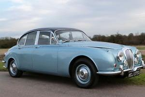 1968 DAIMLER V8 250 AUTOMATIC, POWER STEERING