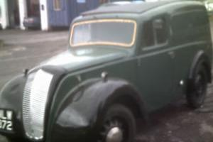 MORRIS Z VAN 1947 EXCELLENT CONDITION FOR THE YEAR VERY RELUCTANT SALE