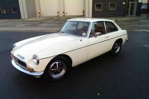 MGB GT WHITE 1970 CHROME BUMPER TAX EXEMPT FAST ROAD  Photo