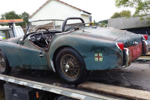 Triumph TR3 1960 Early steel dash and wire wheels