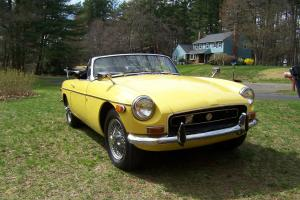 "1970 MGB ""Bumble Bee"" - Excellent Condition, Just finished, Unique BMW Color"
