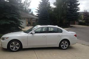 BMW : 5-Series 530i Photo