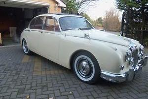 DAIMLER V8,1965. BARGAIN.NICE LOOKING CAR,WILL SWAP,P/X.  Photo