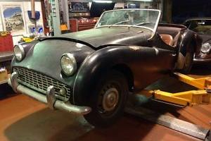 1960 Triumph TR3A - Project car in unbelievable rust free condition, must see Photo