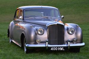 1960Bentley S2. Totally restored.