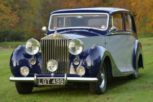 1950 Rolls Royce Silver Wraith Hooper saloon.  Photo