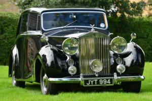 1948 Silver Wraith by Hooper. Low Miles.  Photo