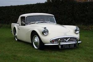 1960 Daimler Dart SP250  Photo