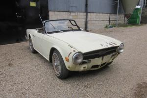 Triumph TR6 1969 Overdrive Car Left hand drive, wires Project L