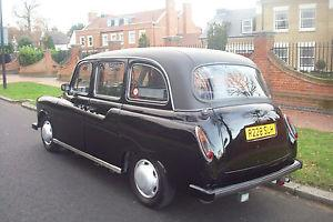 Classic Carbodies Fairway Driver Black London Taxi Cab - 1997