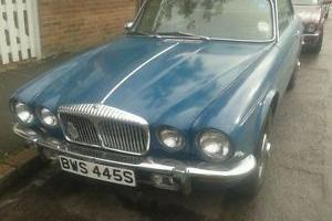 1977 DAIMLER SOVEREIGN 4.2 AUTO COUPE SQUADRON BLUE  Photo
