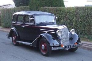 1935 Vauxhall Light Six Saloon De-Luxe
