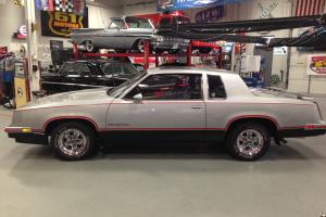 1984 Hurst Olds RARE!! Sunroof and signed by Linda Vaughn Excellent Condition!!!