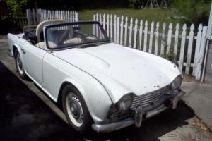1962 Triumph TR4 Convertible White  Photo