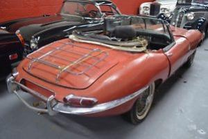 Jaguar E type 1963 roadster, matching numbers, rare find, for restoration Photo