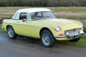MGC Roadster 2912cc with Overdrive 1968, Primrose yellow, Stunning car