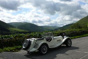 Jaguar SS100 homage Photo
