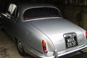 DAIMLER SOVEREIGN SILVER - HISTORIC VECHICLE 1968 SALOON Photo