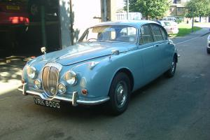 DAIMLER V8 250 BLUE 1969 Photo