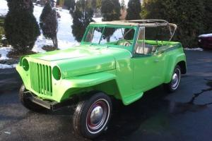 Willys : Jeepster Two Tone
